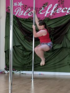 showcase-pole-effect-7